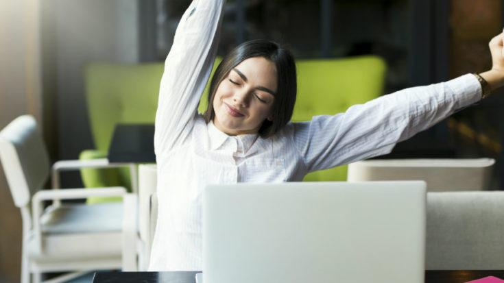 stretching alla scrivania