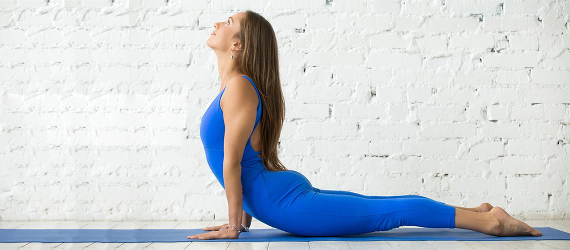 esercizi yoga schiena e cervicale